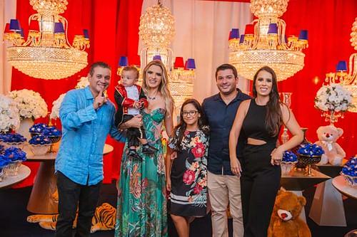 Os anfitriões com José Lucílio, Amanda e Maria Clara