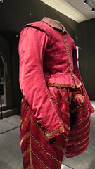 1584-90 doublet and hose