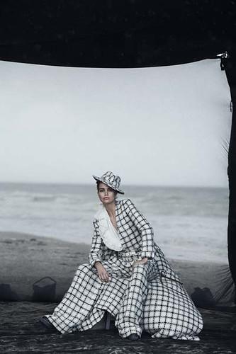 Vogue-Alemanha-julho-2019_fotografada_por_Peter-Lindbergh_010