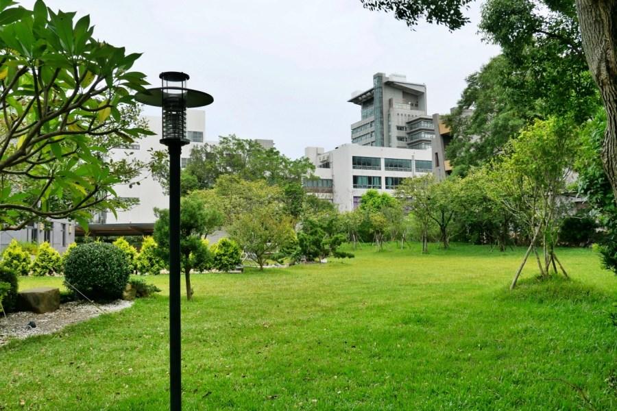 [龜山美食]毫米咖啡Millimetre Cafe|林口國立體育大學內校園美食~綠意環繞的貨櫃咖啡屋.網美IG拍照好地方 @VIVIYU小世界