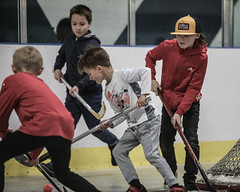 2019-05-04_0011_elliot-negelev_ramone-birthday-party-ball-hockey