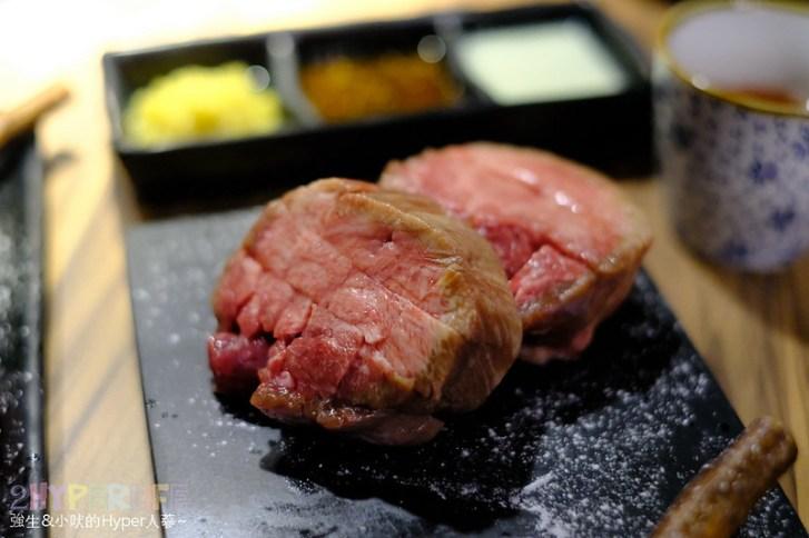 48901098086 7f0e80f264 c - 熱血採訪│經過都不確定有沒有營業的神秘燒肉店,大股熟成燒肉專門還有整面販賣機牆可以喝起來!