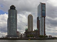 World Port Center en Montevideotoren, tussenin New Orleans (158m)
