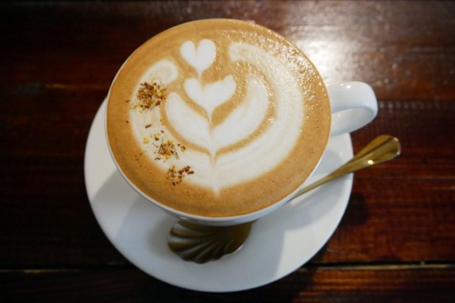 [板橋美食]Merci Cafe 板橋火車站附近巷弄裡的早午餐名店~復古懷舊工業風 @VIVIYU小世界