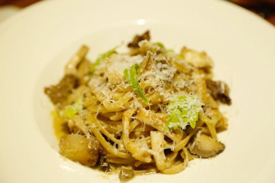 [嘉義美食]小洋蔥手作料理|搬新址~跟著小洋蔥旅行義大利.品嚐各種麵體 @VIVIYU小世界
