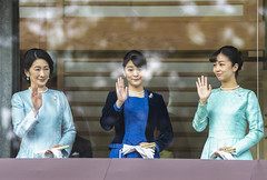 Japan's Imperial family members, Crown Princess Kiko, Princess Mako and Princess Kako, greet people from bullet-proofed balcony during a public appearance at the Imperial Palace in Tokyo, Japan on Jan 2, 2020. (Photo by Yichuan Cao/Sipa USA)