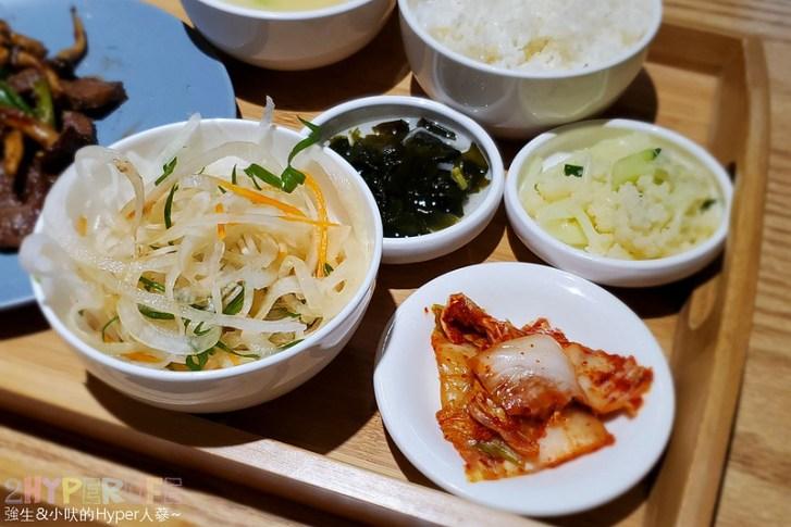 49574026817 d004a4ef43 c - 不到晚上六點就滿座!韓國主廚開的道地韓式家庭料理,韓國餐桌座位不多建議預約~