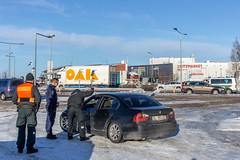 Tämä auto oli jostain kolmannesta maasta ja matka Ruotsiin taisi pysähtyä tähän.