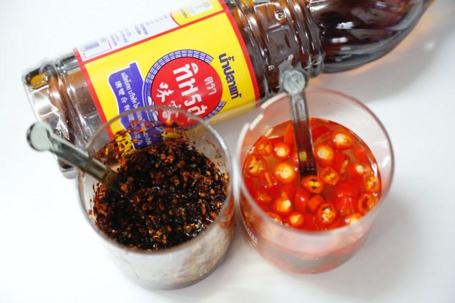 [龍潭美食]阿蕊米干|百年大鎮旁的隱藏版銅板美食~每天現作米干.雞湯風味 @VIVIYU小世界