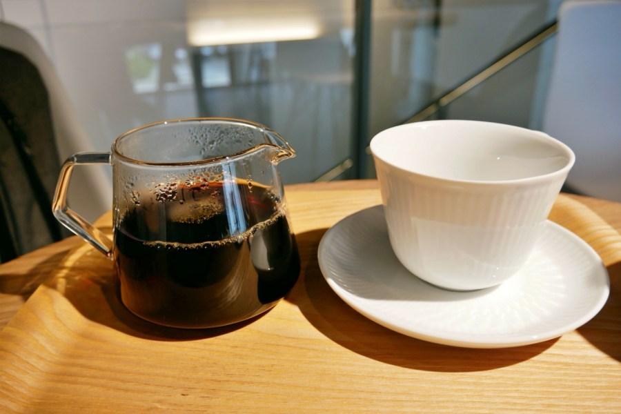 [中壢美食]IKA Coffee 伊卡咖啡|龍岡圖書館旁的迷你咖啡館‧享受寧靜美好的咖啡時光 @VIVIYU小世界