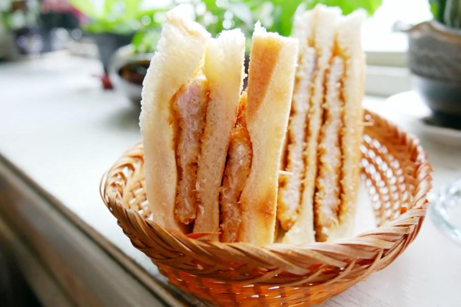 南門市場,咖啡,我愛蜜蜂,桃園美食,簡餐餐廳,豬排三明治,隱藏版,青椒牛肉飯,香炸豬排 @VIVIYU小世界