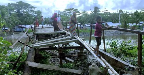 kalapara  pic - break of  iron bridge 28.06.2020