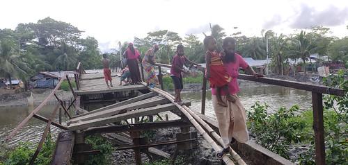 kalapara  pic - break of  iron bridge 28.06.2020.