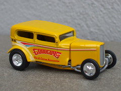 Hot Wheels Bright Yellow Goodguys Rod & Custom Association 1932 Ford Sedan Hot Rod