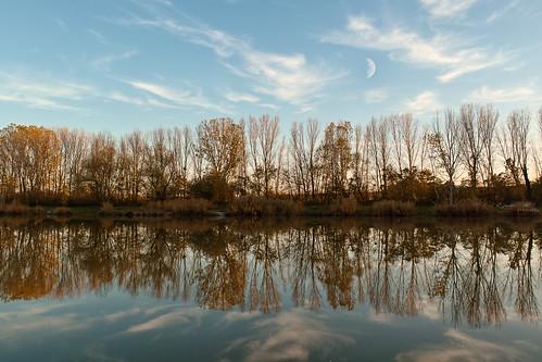 Őszi táj tó Autumn landscape  lake