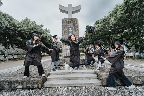 輔大-職治系畢業照