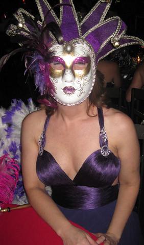 Patrícia Torquetti levou duas máscaras