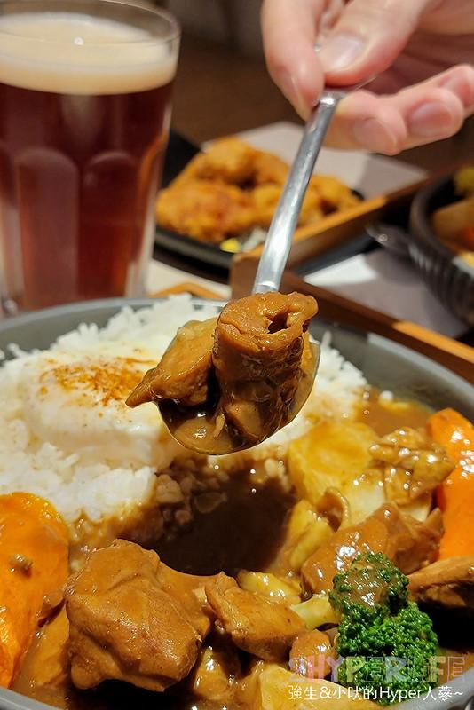 51097050918 5c341f9934 c - 一中平價美食,不到200元就吃的到挖咖哩的日式厚切豬排咖哩!