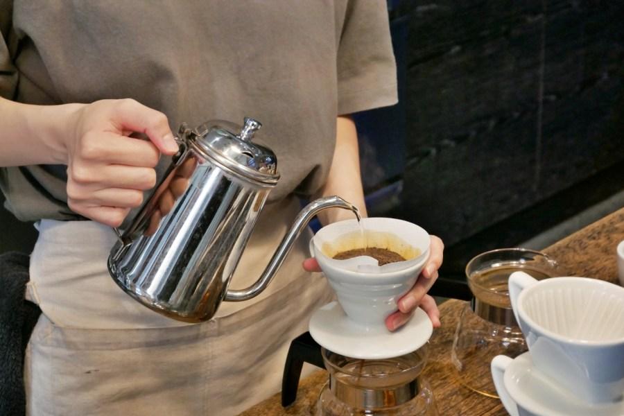 [台中美食]Coffee Stopover.死打波ㄛ飛|咖啡人交流的好地方~自選咖啡豆.可選多種沖煮咖啡方式客製化服務 @VIVIYU小世界