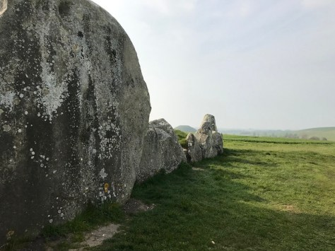 West Kennet Long Barrow (Silbury Hill)