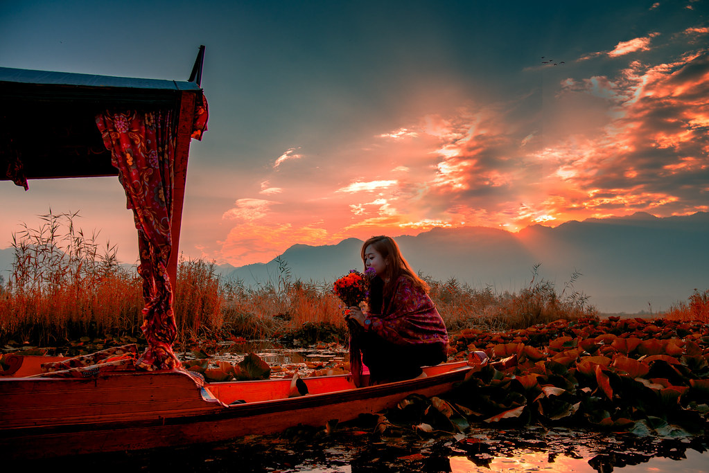 FloatingMarketDalLakeSrinagar_041-Edit