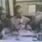 دكتور باهور لبيب مع عضوى اللجنة الدولية لدراسة مخطوطات نجع حمادى
