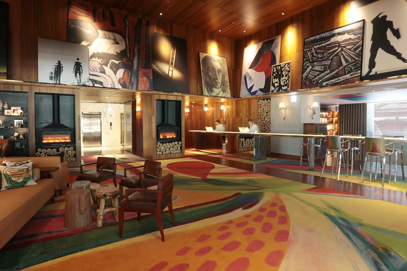 S HOTEL 2