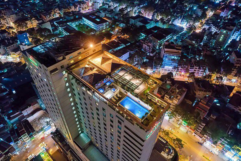 Windsor Plaza Hotel 6
