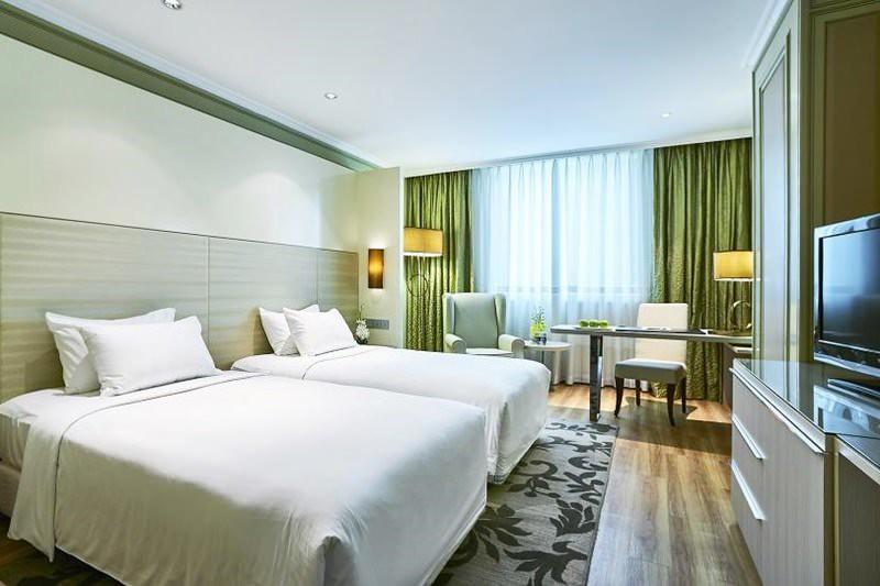 Windsor Plaza Hotel 3