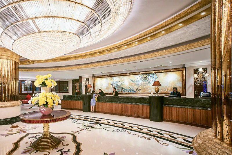 Windsor Plaza Hotel 2