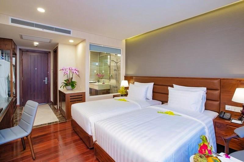 Orchids Saigon Hotel 4