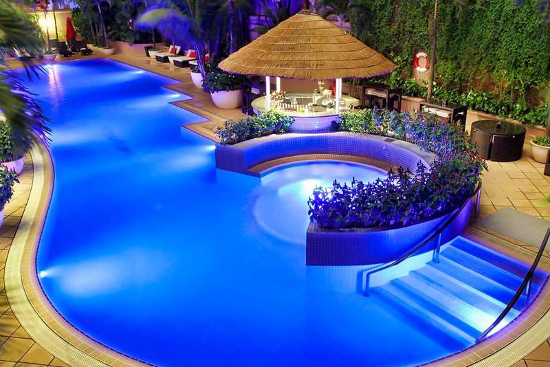 Caravelle Saigon Hotel 6