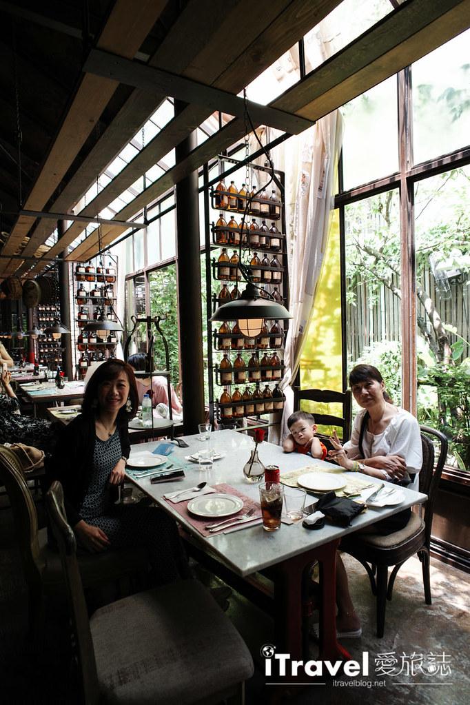 曼谷美食餐廳 Karmakamet Secret World (22)