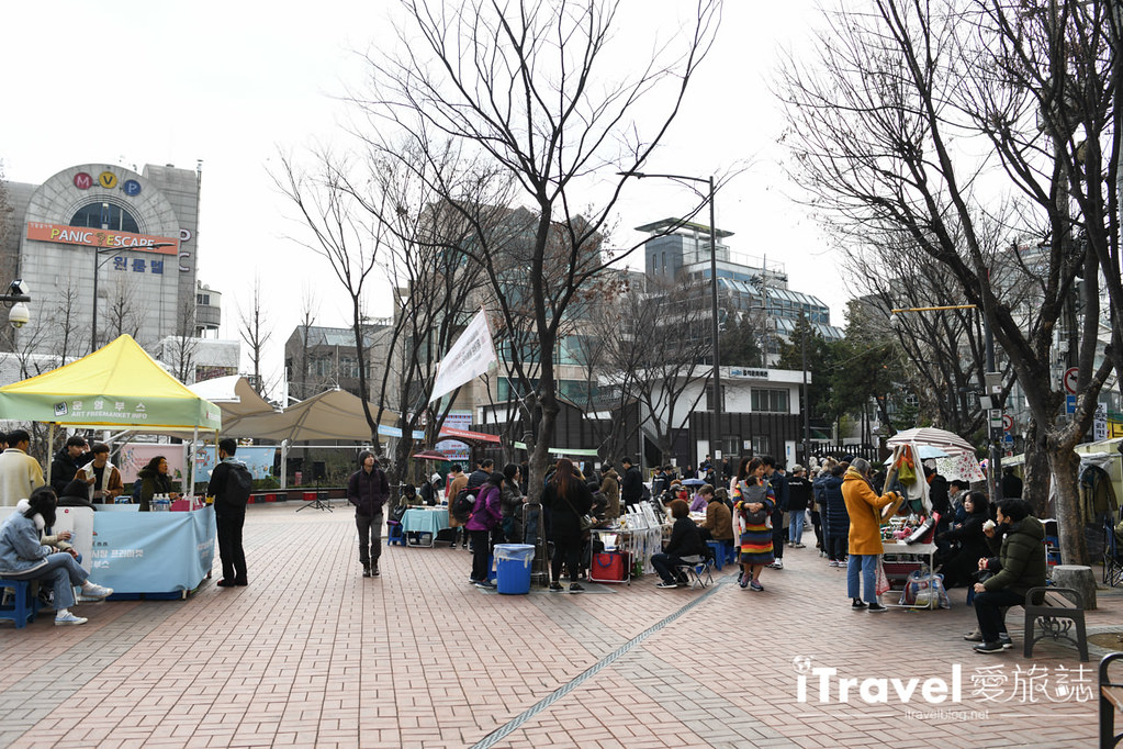 弘大自由市場 Hongdae Art Freemarket (2)