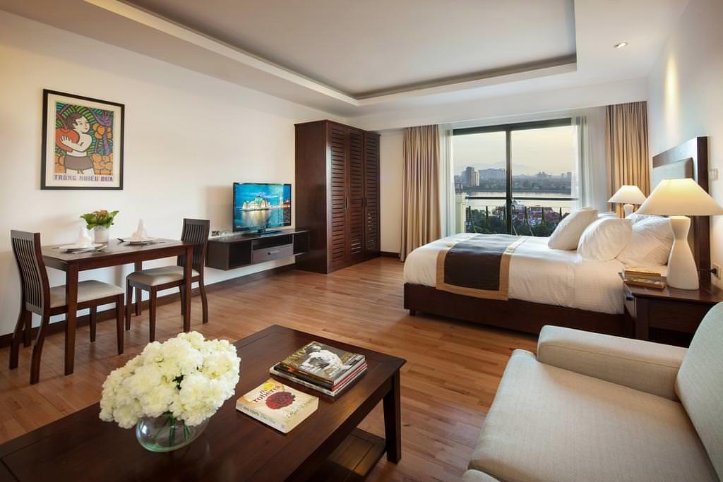 Elegant Suites Westlake 4