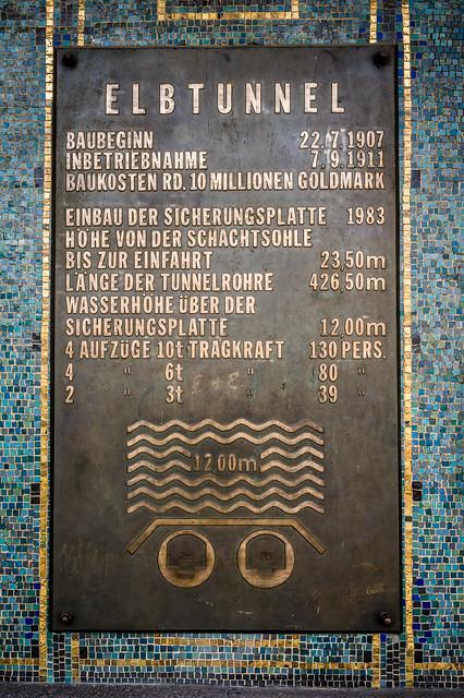 Elbe Tunnel Info