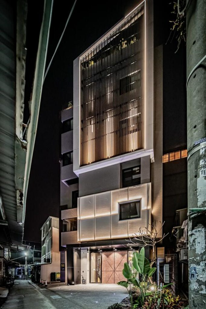 Oinn Hotel & Hostel 1