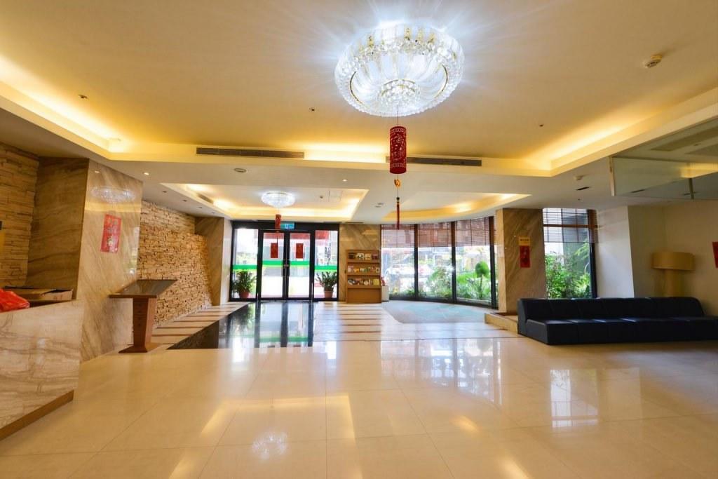E Hotel 2