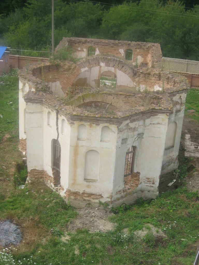 Manastirea Veverita1