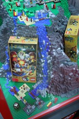 LEGO Heroica Display Case - LEGO Booth at Comic Con - 5