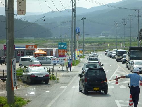 オープンしたばかりのマイヤ滝の里店, 陸前高田でボランティア Volunteer at Rikuzentakata, Iwate pref, Deeply Damaged Area by Japan Quake