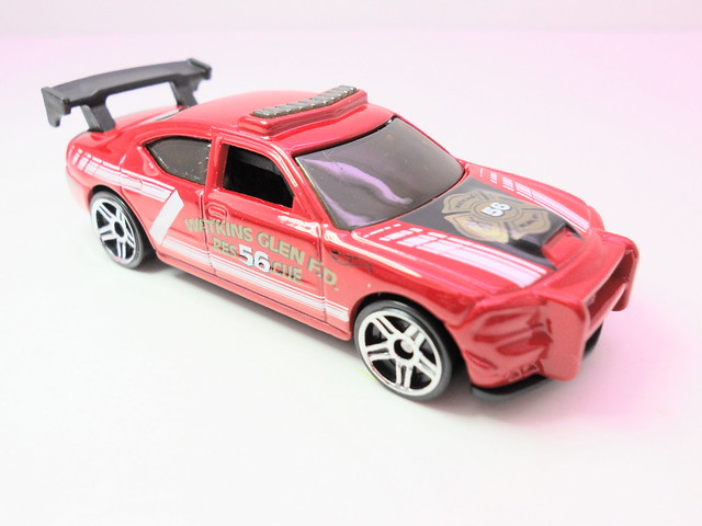 hot wheels dodge charger drift red (2)