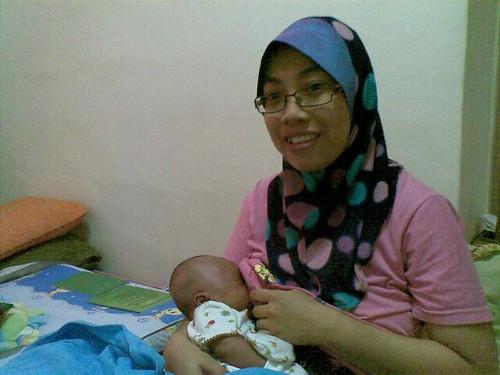 1 Minit Penyusuan Bayi Serentak by herneesamshudin
