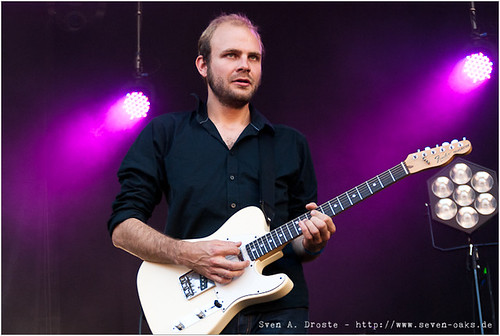 Christoph Bernewitz / Clueso & Band