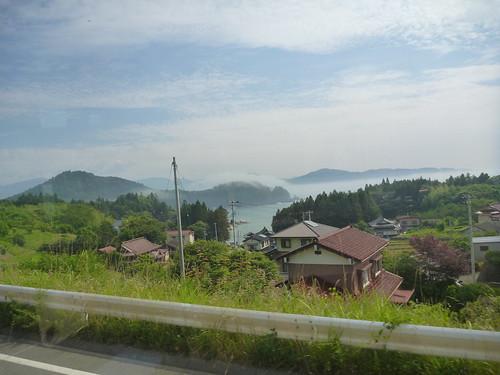 唐桑, 震災ボランティアバス 陸前高田行き Japan Quake Volunteer Bus to Rikuzentakata, Iwate pref.