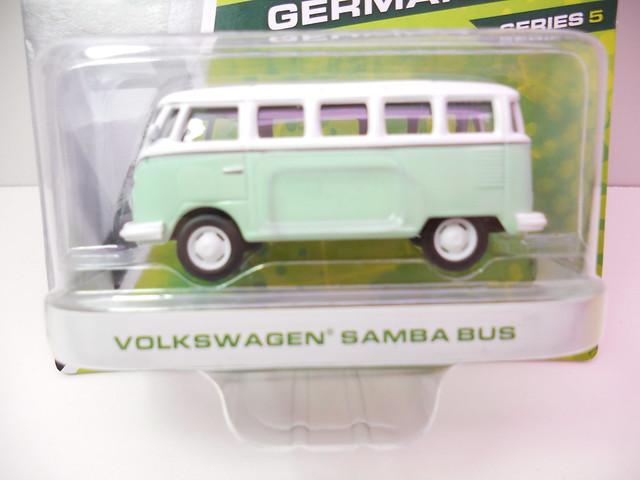 greenlight motorworld german edition volkswagen samba bus (2)