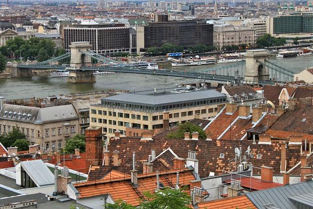 Pont à chaînes et le Danube, Budapest, Hongrie