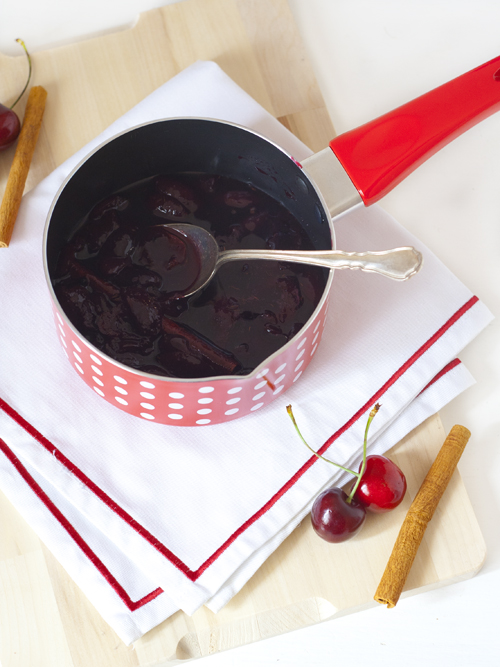mulled wine cherry sauce