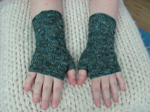 fallberry mitts complete!