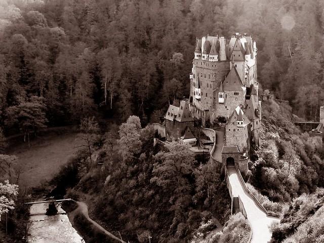 Eltz-Castle-Sepia